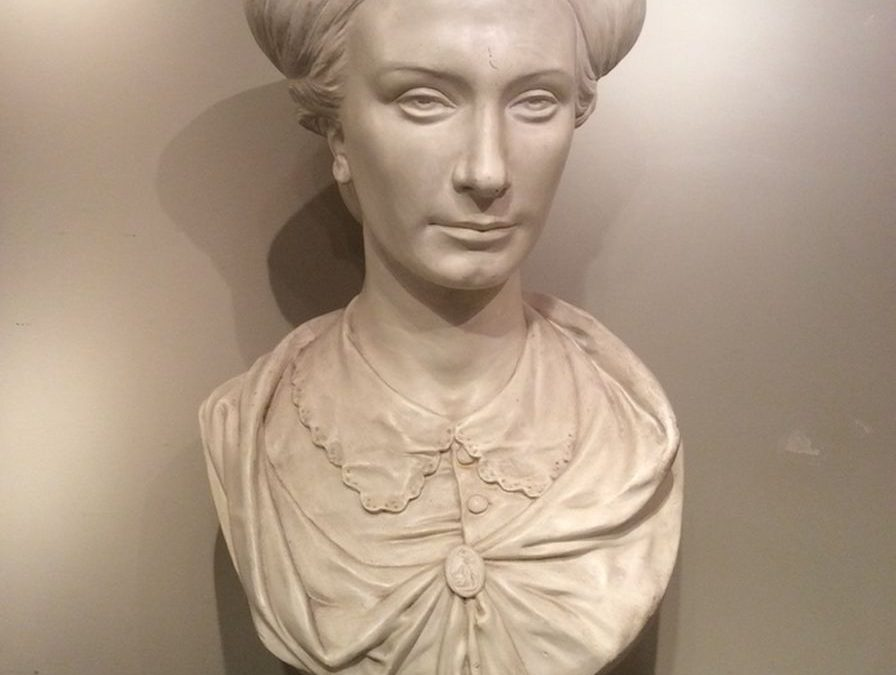 Sculpture-Danton platre antiquites la credence paris