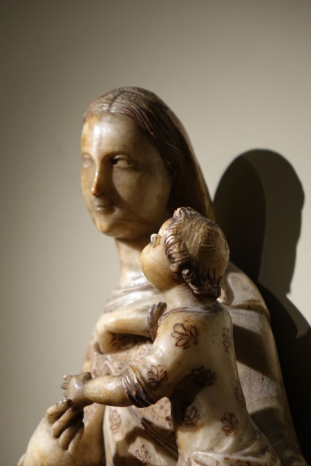 Sculpture Grande Vierge Albâtre 16ème siècle Antiquités la Crédence Antiquaire Paris