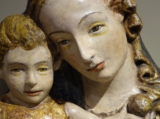 15th Century Sculpture of Madonna and Child Antic store la credence paris