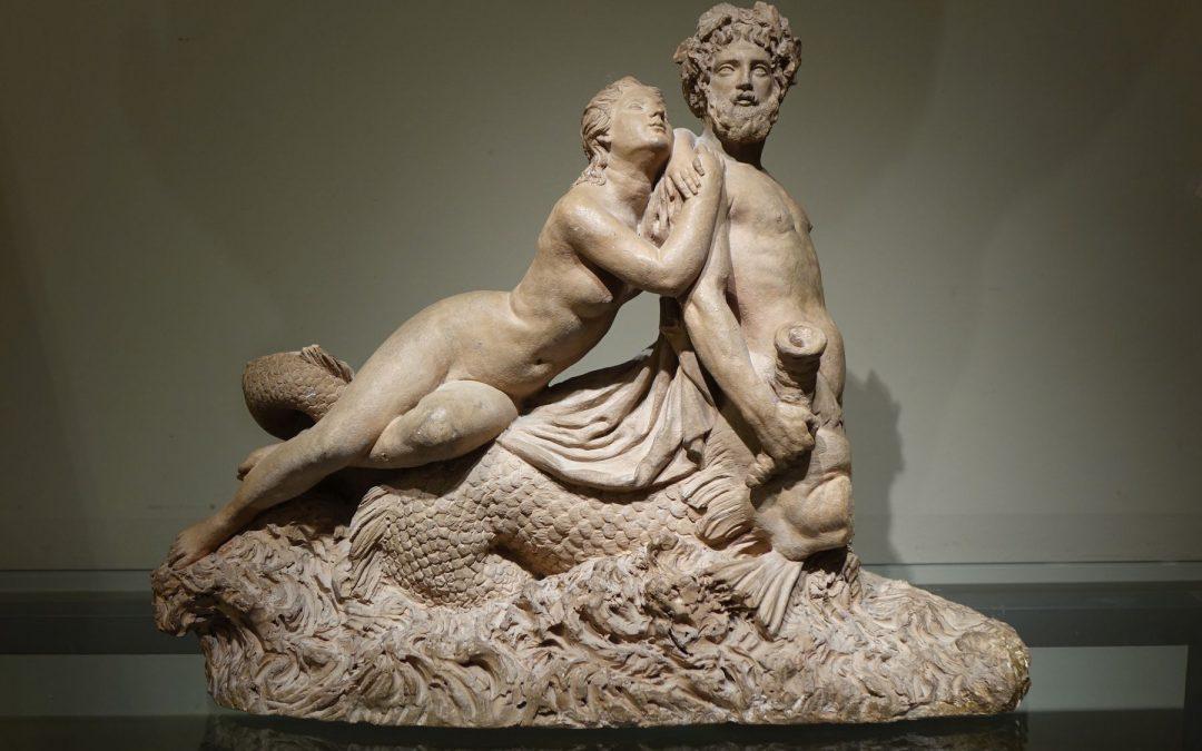 Sculpture Triton en terre cuite Antiquités la Crédence Antiquaire Paris