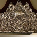 Miroir néo-Renaissance en métal argenté fin XIXe siècle