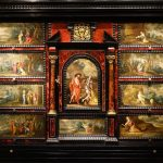 Cabinet Flamand à décors peints 17e siècle