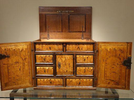 Furniture 16th Century German Cabinet La Credence Antique store paris