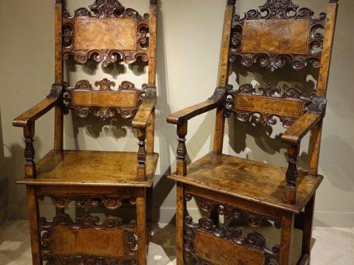 Furniture Pair of 17th century Italian armchairs la credence paris antique store