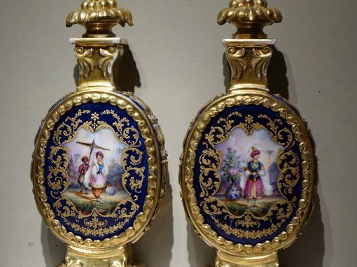 Fine Arts A pair of porcelaine bottles with Orientalist decor, France circa 1850antique store la credence paris