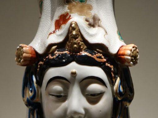 Big Statue of Kannon in Kutani Porcelain, Japan, Meiji Period, 19th Centuryantique store la credence paris