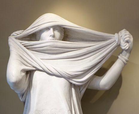 culpture en marbre de Jean Leon Gerome 10 antiquites la credence paris