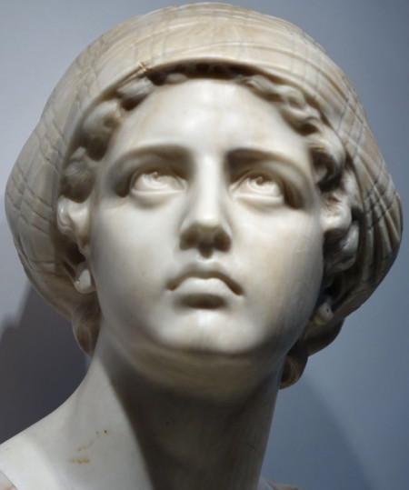 Judith sculpture albatre antiquites la credence paris