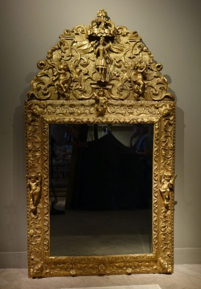 Gilded wood mirror, Italy 18th century la credence antiques paris