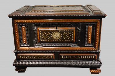 Mobilier petit coffre certosina Venise 16e siecle copie
