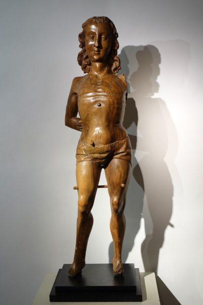 Sculpture San Sebastian, walnut with traces of polychromy, Italy,15th century la credence antique paris