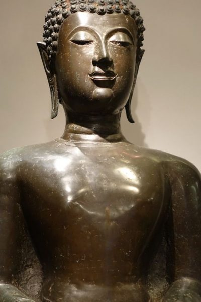 Sculpture bronze bouddha statue la credence antiques paris